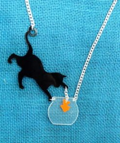Kat met goudvis ketting en/of oorbellen